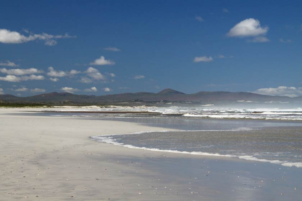 01-Grotto-beach-Hermanus02